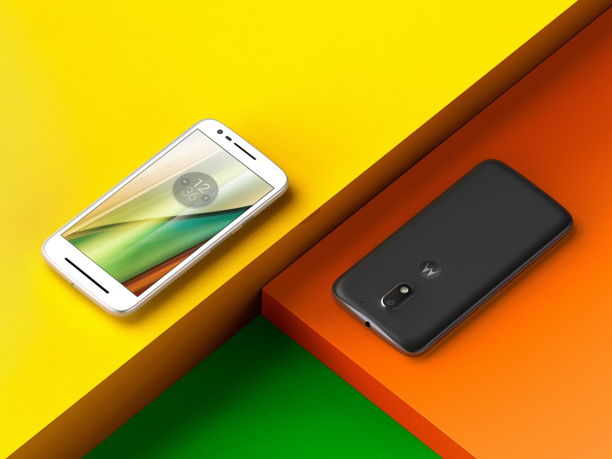 Motorola Moto E4 и Moto E4 Plus с батареей на 5000 мА/ч получили сертификат FCC