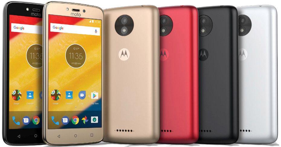 Новое видео и рендеры смартфонов Moto C и Moto C Plus
