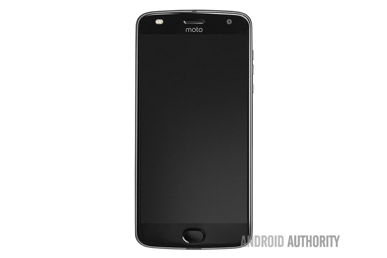 Первое изображение Motorola Moto Z2