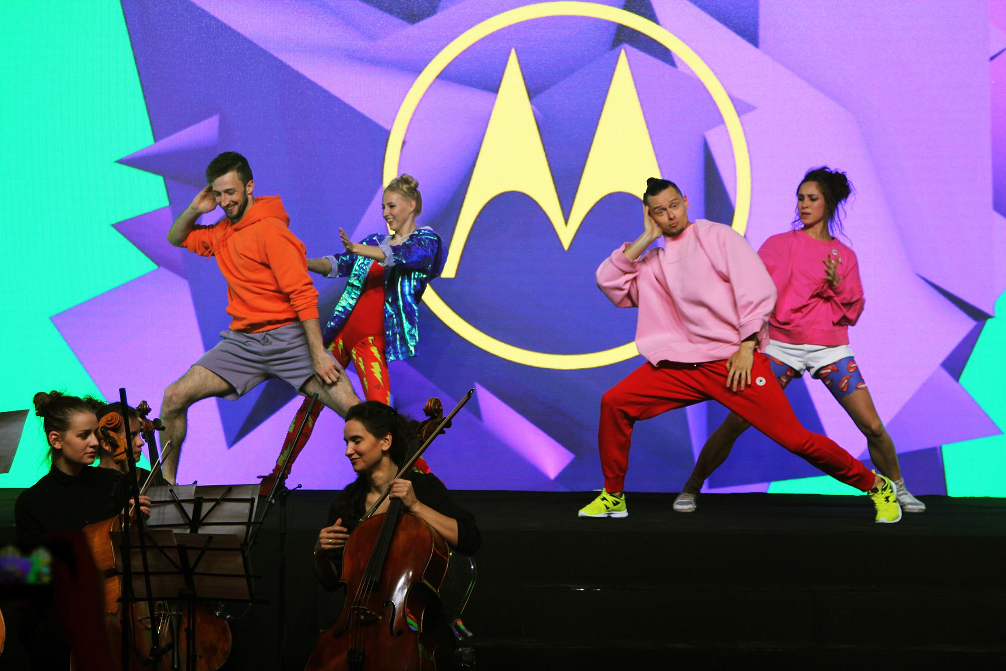 Новая утечка фотографий Motorola Moto X4 в цвете Sterling Blue