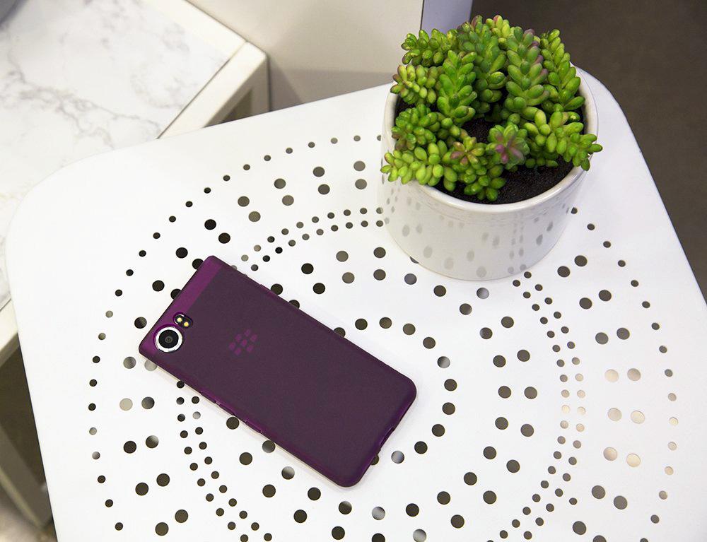 Incipio представил коллекцию чехлов для BlackBerry KEYone