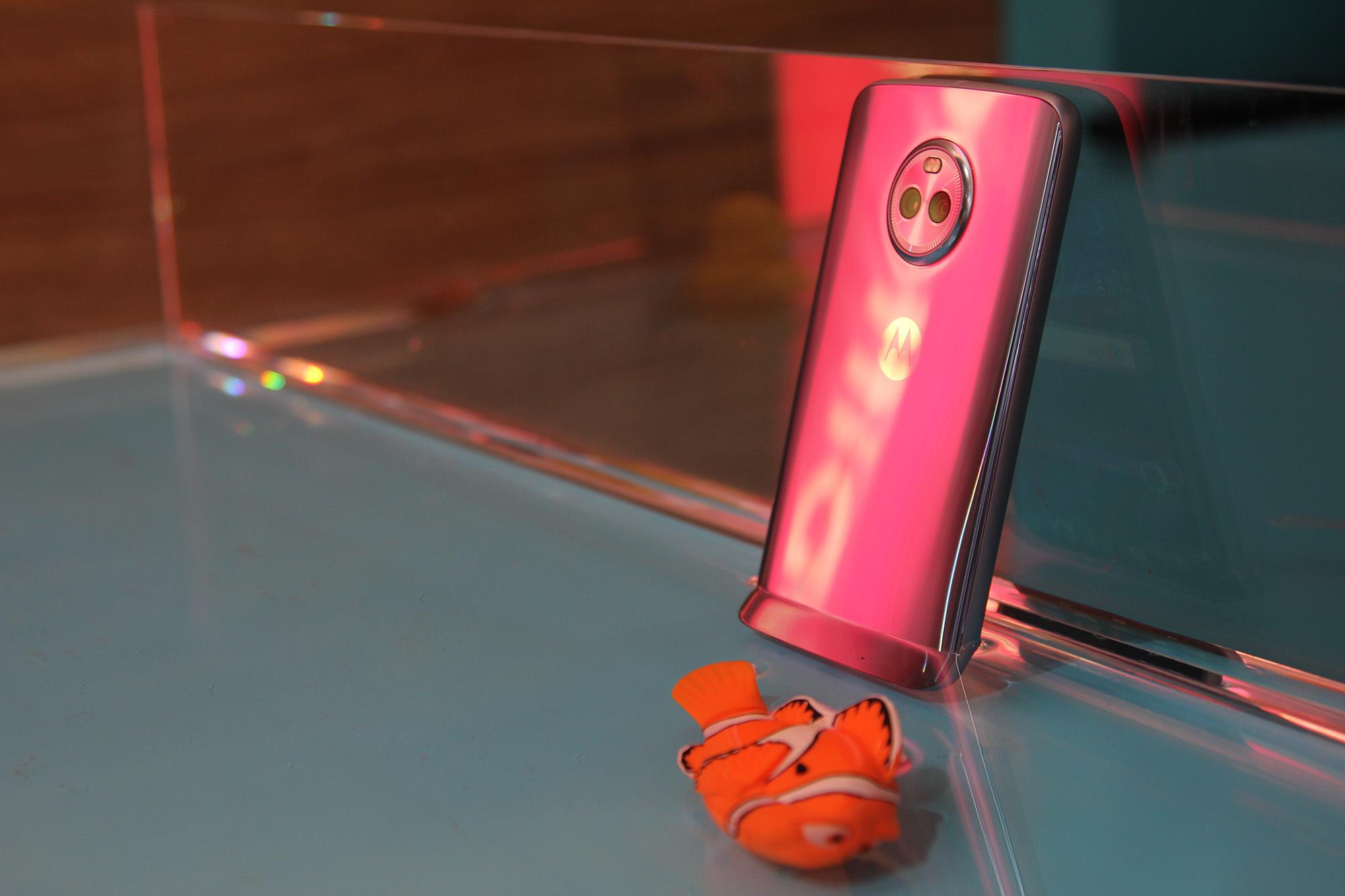 Motorola может присоединиться к программе Android One с новым Moto X4