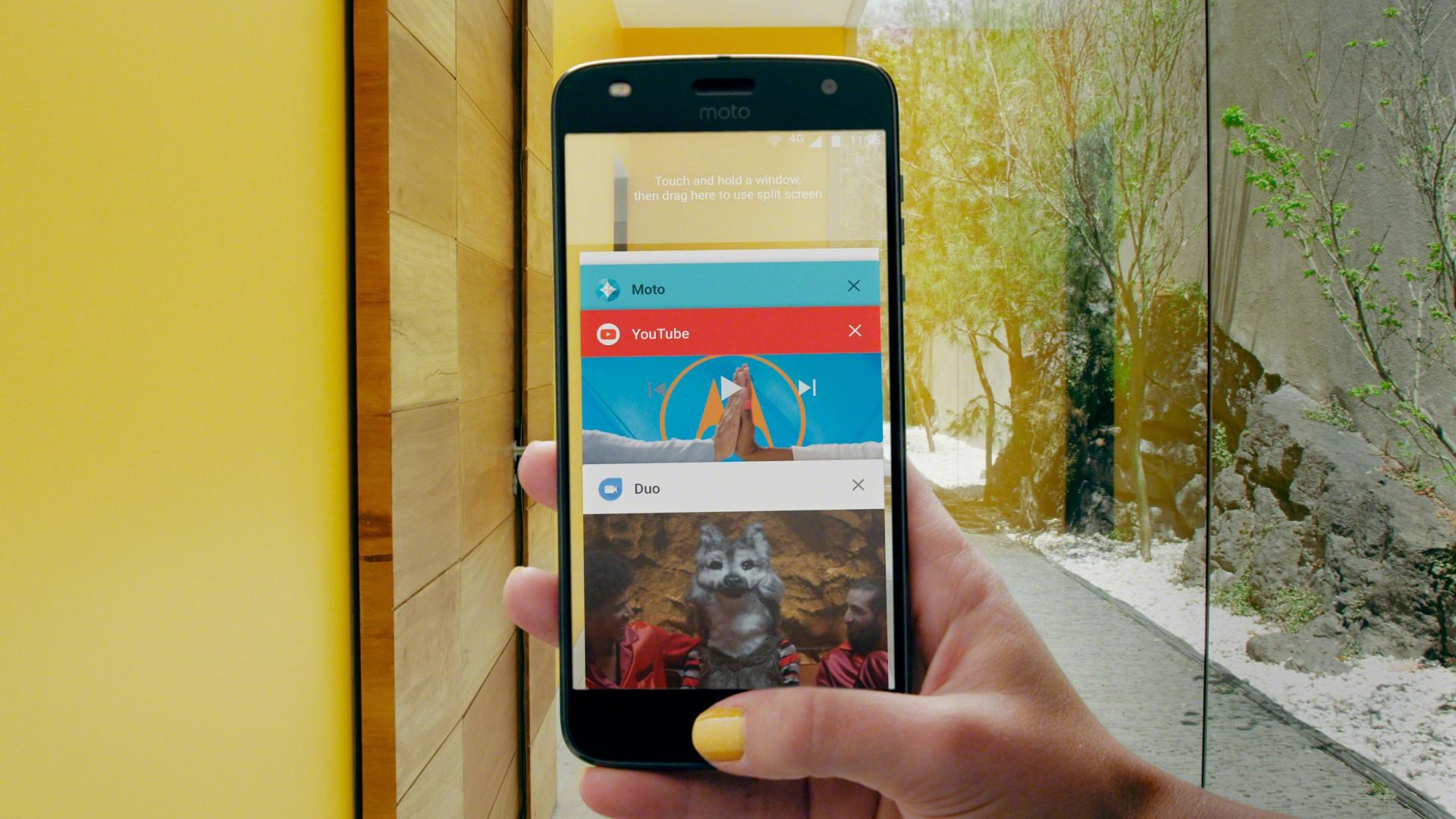 Motorola опубликовала список устройств, которые получат Android 8.0 Oreo